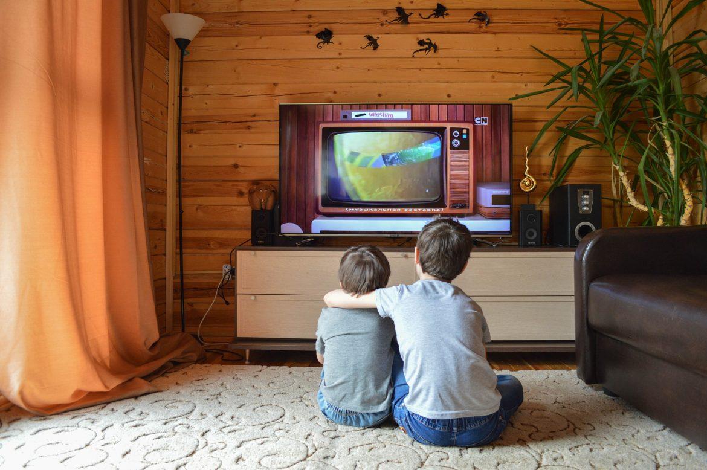 Vous envisagez d'acheter une antenne de télévision extérieure ? Tout ce que vous devez savoir
